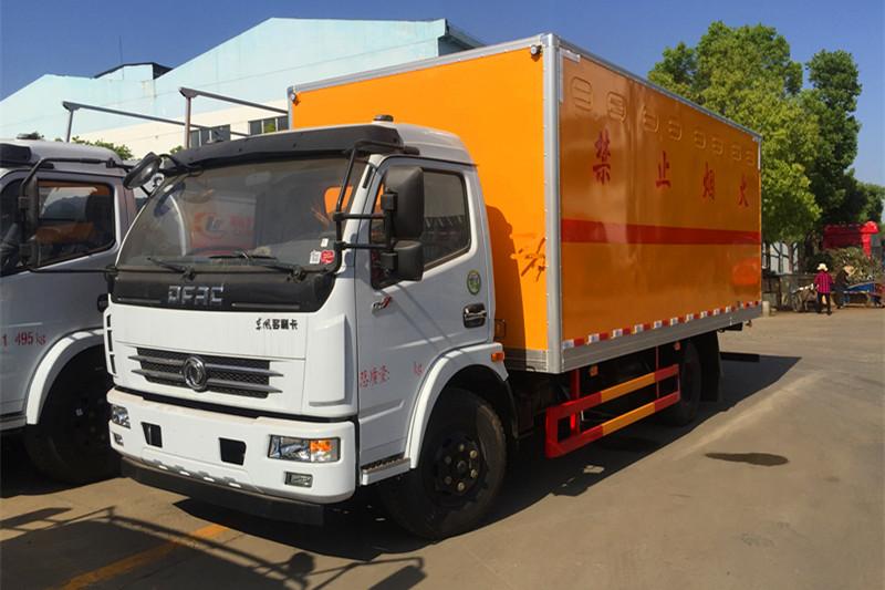 东风D7爆破器材运输车(国五/国六)