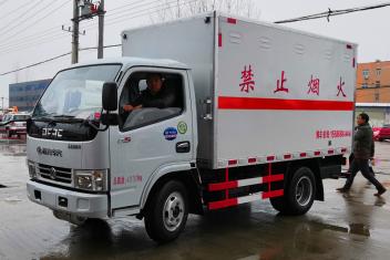 东风D6爆破器材运输车(国五/国六)